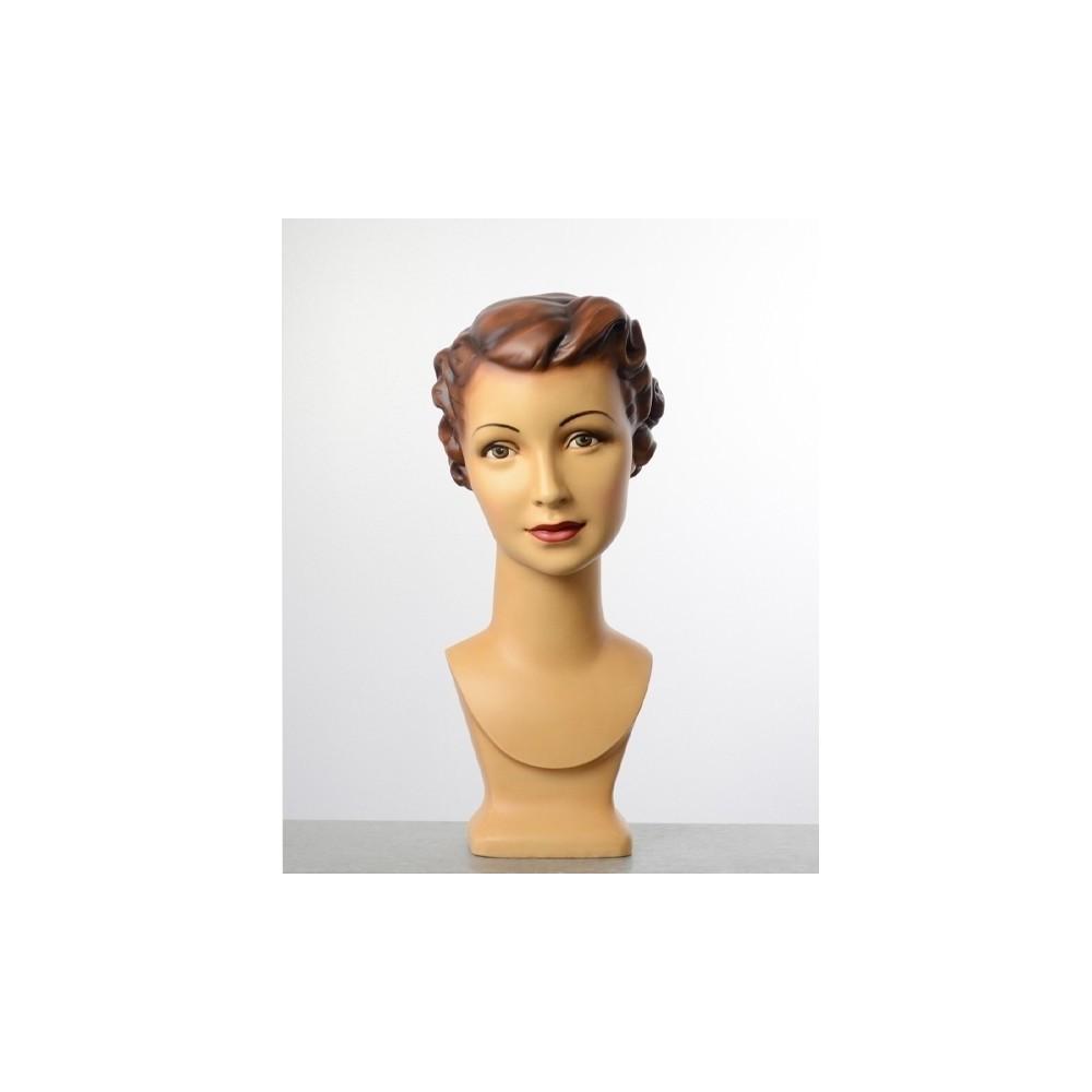 Tete de mannequin femme vintage avec maquillage